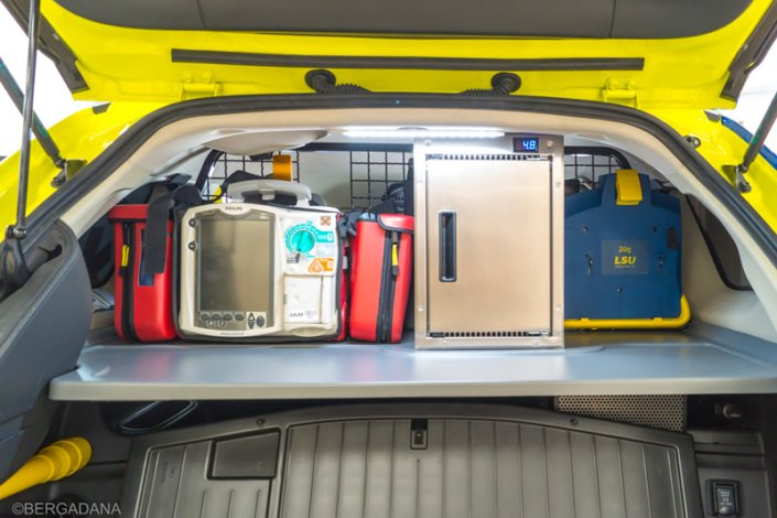 Vehículo VIR Bergadana Ambulance Ambulancia